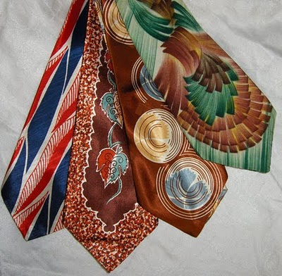 http://swungover.wordpress.com/2011/10/27/the-art-of-vintage-manliness-ties/