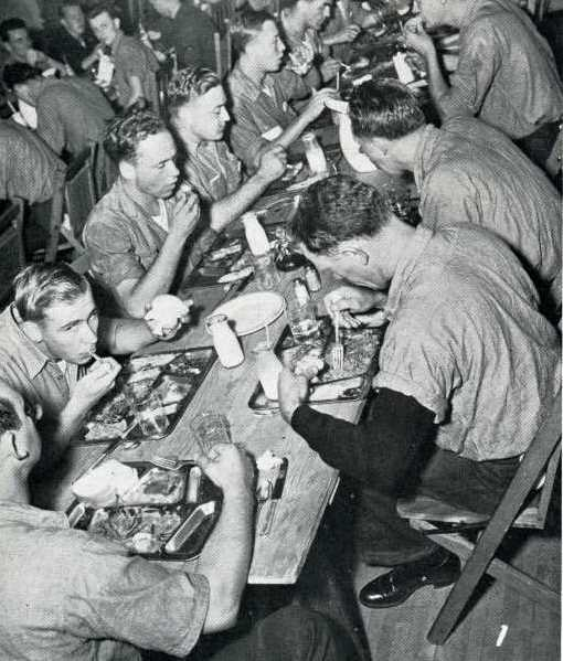 Soldiers in the mess hall