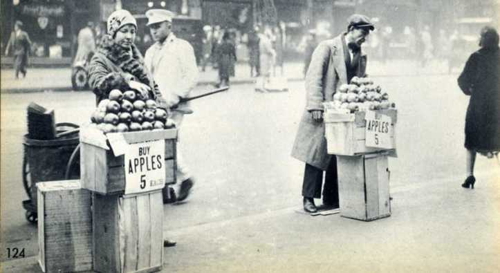 Jobless New Yorkers selling apples at the end of 1930