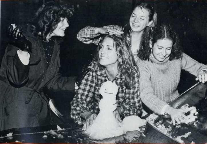 University of Texas dorm residents 1981 (by Rob Mihovil)