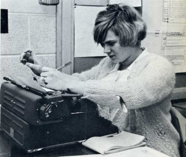 Rhonda in Office Practice Class 1968