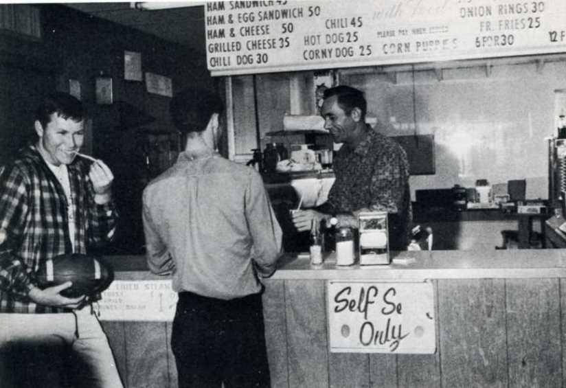 Apache Den 1967, Dallas