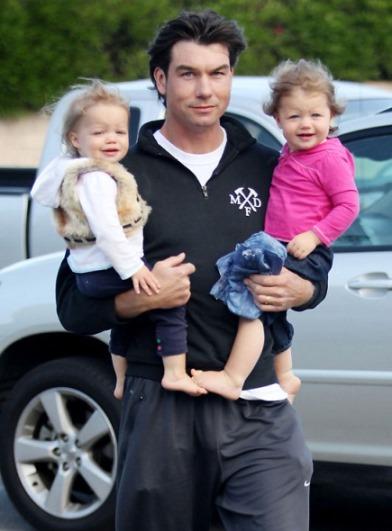 http://hollywoodlife.com/2010/11/11/jerry-oconnell-no-more-kids/