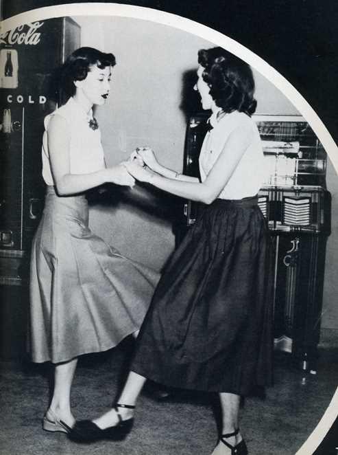 1952 El Rancho Yearbook
