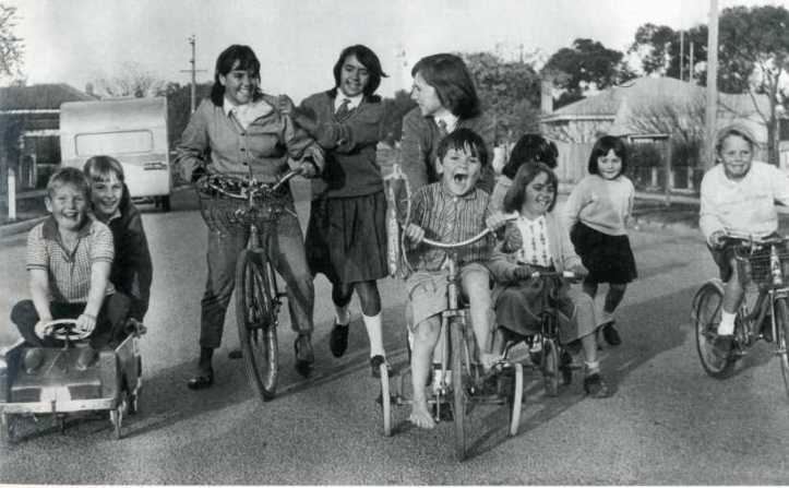 Swan Hill playmates 1965--Herald Sun
