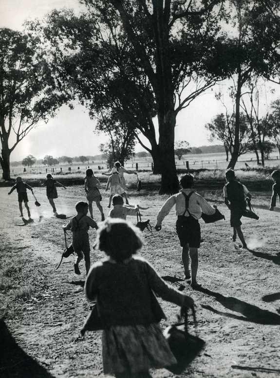 Last day of school 1949 Tarrawingee State School, Victoria, Australia