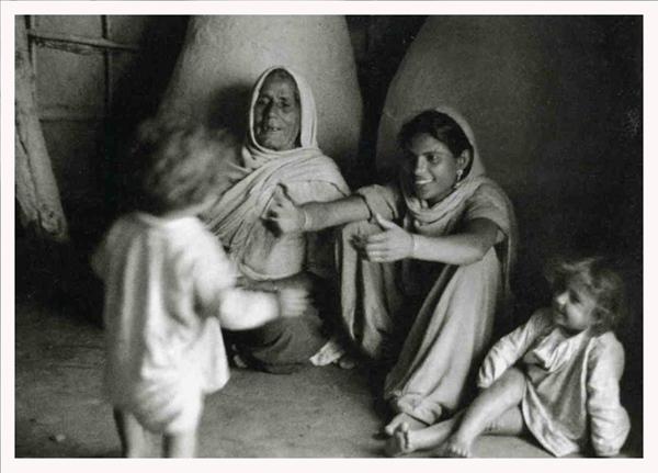 by Eric Schwab, UN, India