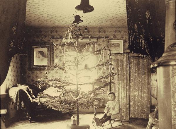 Christmas in Orson Reynolds House ca. 1880, Reynoldston NY http://www.reynoldstonnewyork.org/